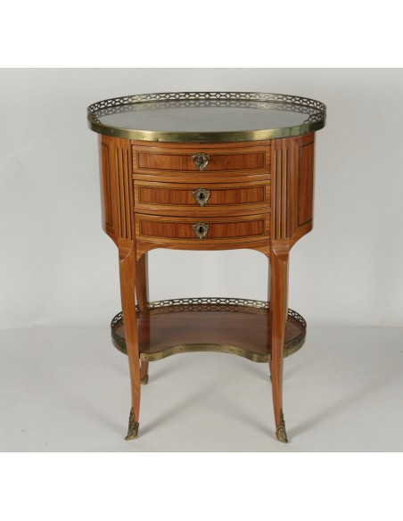 A pair of tables in Transition Louis XV - Louis XVI style. 19th century.