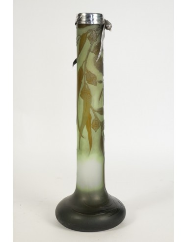 Vase signé Gallé.