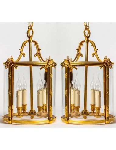Paire de lanternes style Louis...