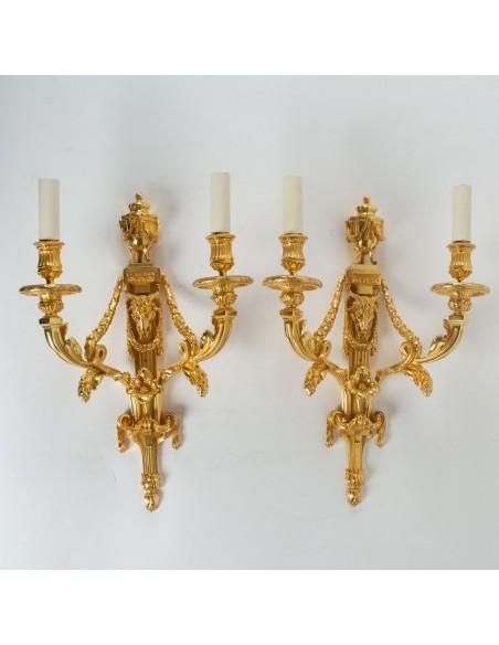 A Pair of scones in Louis XVI style.  19th century.