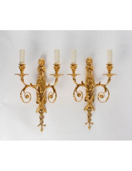 Paire d'appliques de style Louis XVI.XIXème siècle.